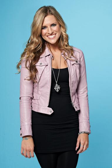 "Kendra Chantelle, 27, from Loudon, TN competes on the tenth season of ""American Idol."""