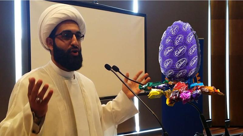 Sheikh Mohammad Tawhidi has spoken out against halal chocolates.