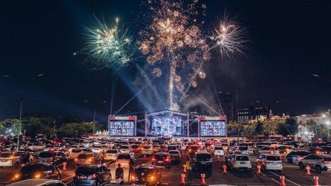 5 Fakta Konser Drive-In Pertama Jakarta, Tepuk Tangan Diganti Klakson