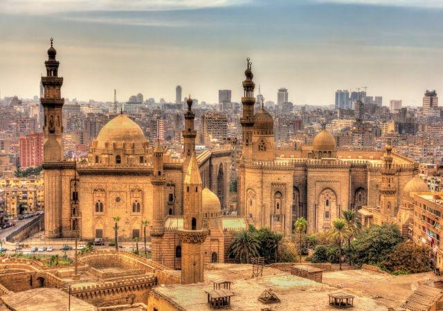 Egypt to reopen airports, resume beach tourism from July 1