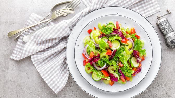 Resep Salad Sayur tanpa Mayonaise yang Cocok untuk Diet