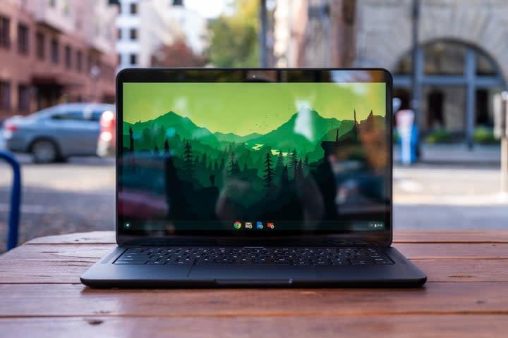 Google Pixelbook Go screen