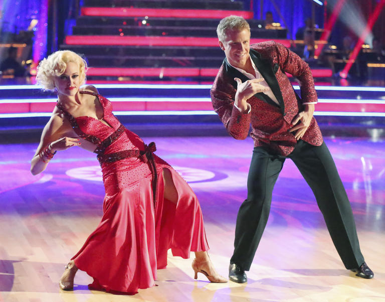 Peta Murgatroyd and Sean Lowe (3/18/13)