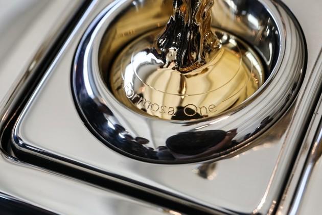 全球唯一Rolls-Royce Phantom Drophead Coupé挾6,688萬身價抵台