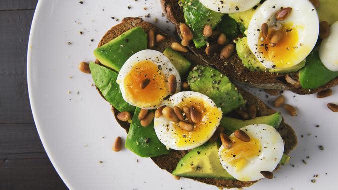 Ilustrasi Makanan Berprotein Tinggi Credit: pexels.com/FoodieFactor