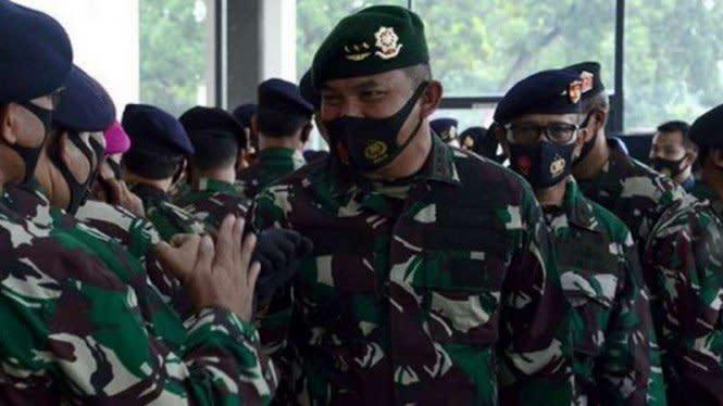 Panglima Kostrad TNI Samai Pangkat Letjen Prabowo Subianto