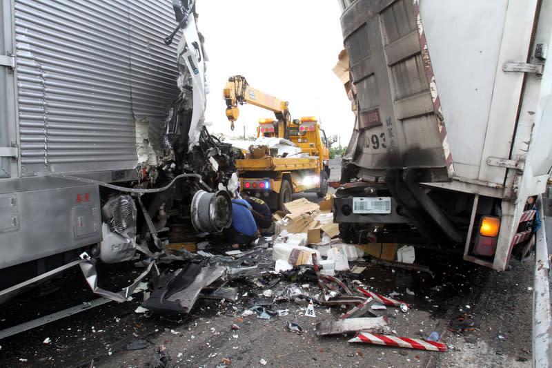 職業客貨車司機因過勞肇事,您認為雇主該負刑責嗎?