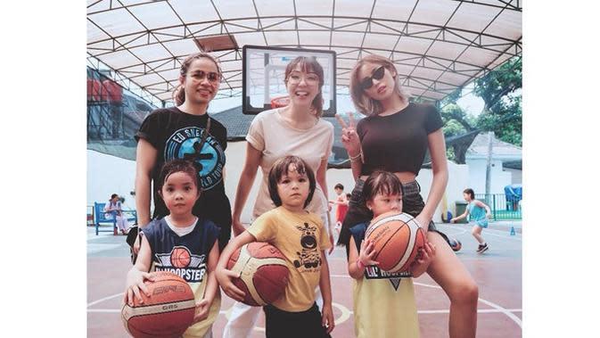 7 Potret Jessica Iskandar Saat Berolahraga, Bikin Gagal Fokus (sumber: Instagram.com/inijedar)