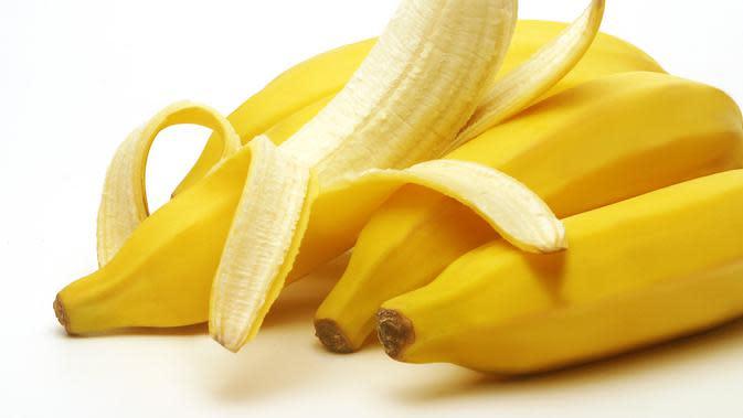 Tak hanya daging buah, kulit pisang bisa dikonsumsi (Foto: www.extremenaturalhealth.com)