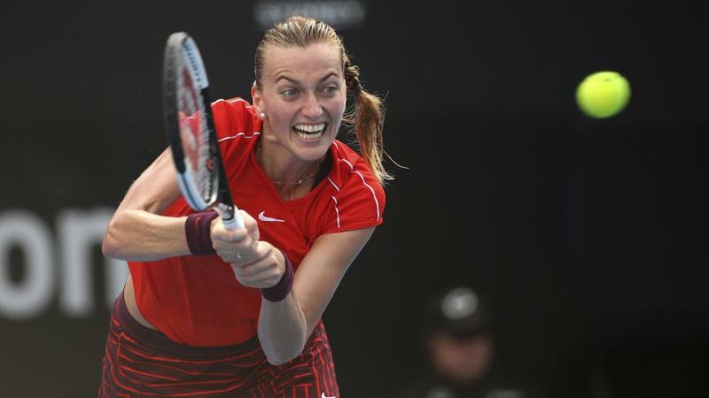 Petra Kvitova has beaten Ashleigh Barty 1-6 7-5 7-6 (7-3) to win the WTA's Sydney International