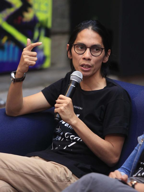 Angga Dwimas Sasongko, sutradara film NKCTHI. (Muhammad Akrom Sukarya/Kapanlagi.com)