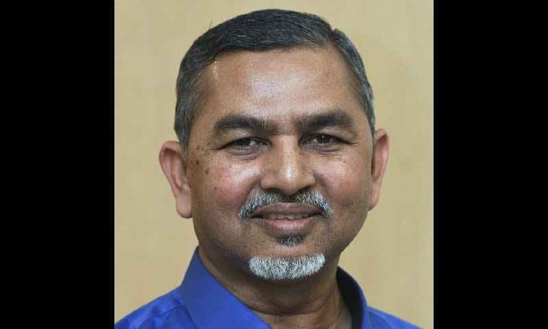 Contrary to what Perak PKR claimed today, Syed Abu Hussin said he has never applied to join the Pakatan Harapan component party, and is still an independent MP.