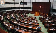 陳淑莊拒絕留任議員兼退出公民黨 14名泛民經政治判斷後留任