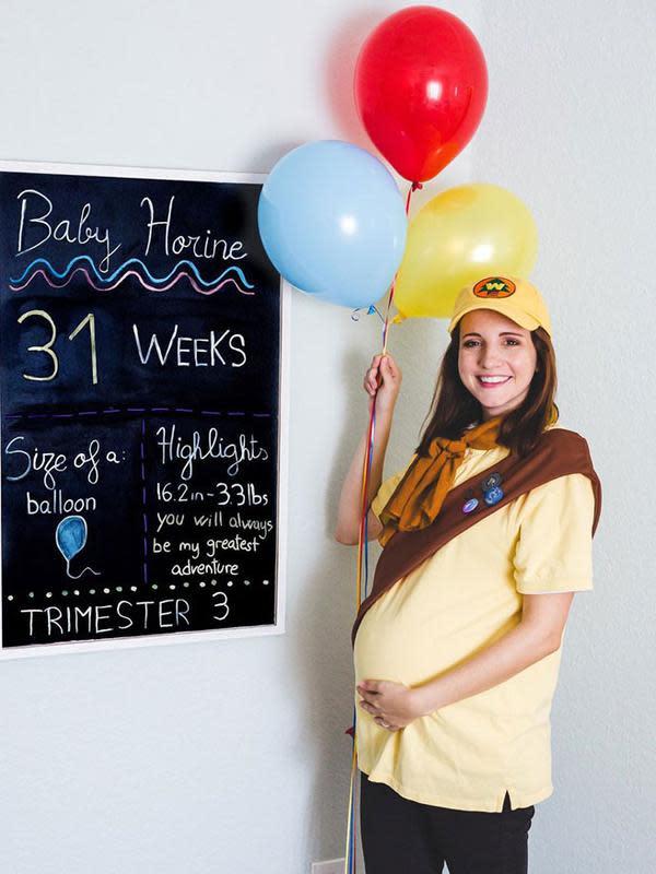 Gaya Kreatif Grace Navarro Dalam Menandai Usia Kehamilannya. (Sumber: Instagram @gracenavarro)