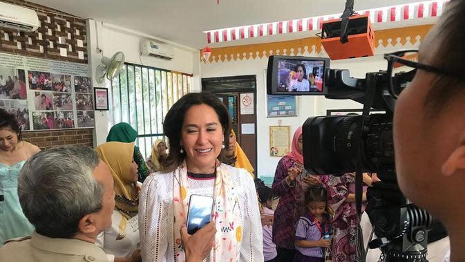 Kartika Soekarno saat sedang diwawancara. (dok. instagram.com/kartikasoekarnofoundation/https://www.instagram.com/p/B4gczloAeGD/Novi Thedora)