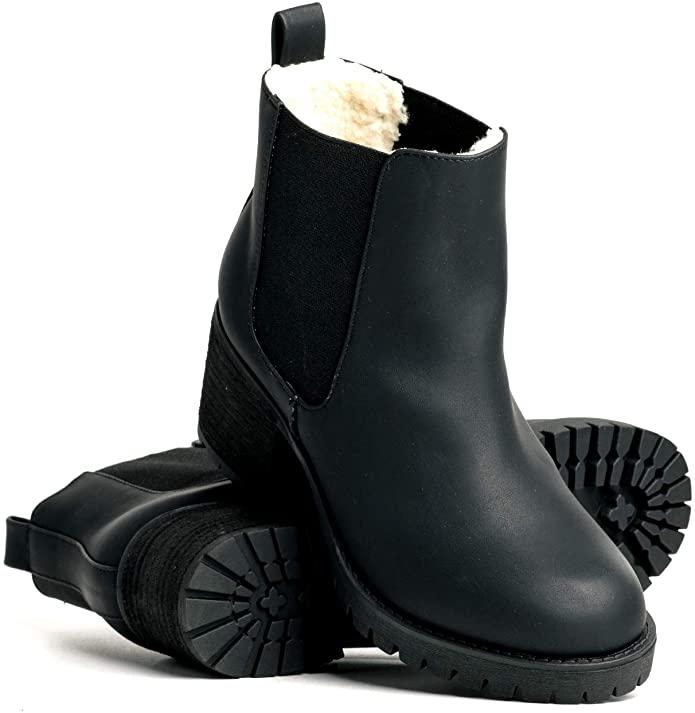 DLG Womens Nala Faux Leather Warm Lined Twin Gore Boot. Image via Amazon.