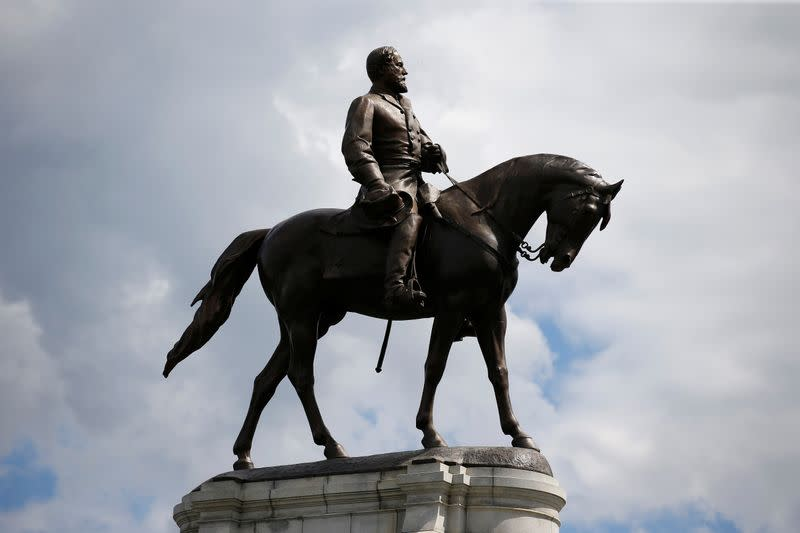 Virginia governor banishes statue of Civil War General Lee