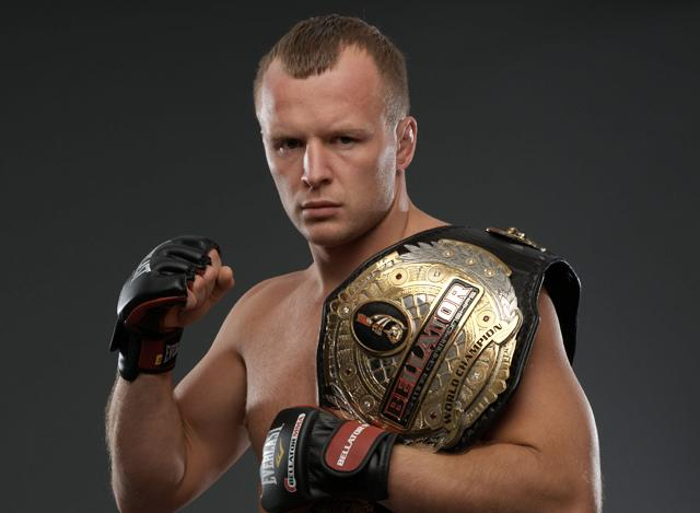Bellator middleweight champ signs long-term contract extension