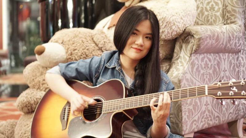 gitaris akustik josephine alexander