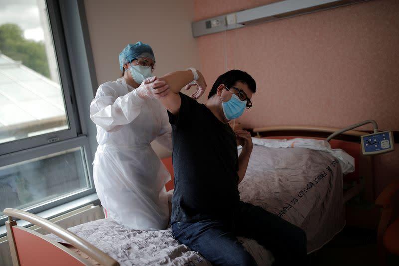 Outbreak of the coronavirus disease (COVID-19) in France