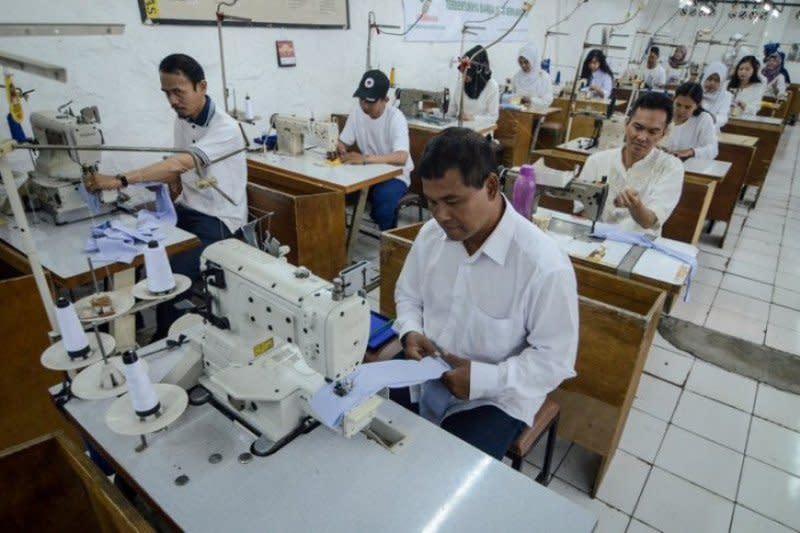 Gubernur Jawa Barat tetapkan UMK 2020, Karawang tertinggi Rp4,59 juta