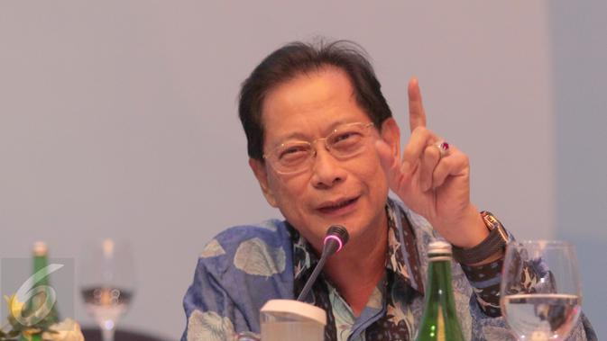 Presiden Direktur BCA, Jahja Setiaatmadja saat memberi paparan kinerja kerja Bank BCA di Jakarta, (3/3). (Liputan6.com/Angga Yuniar)