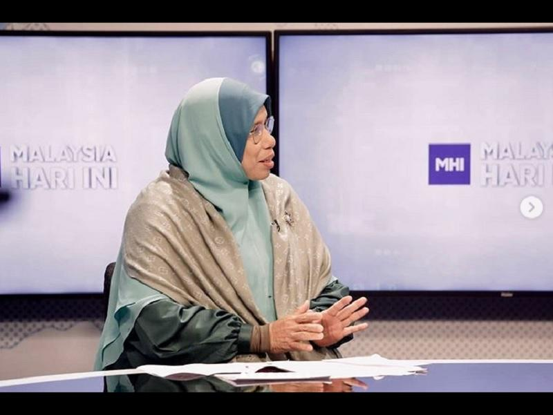 Deputy Minister of Women, Family and Community Development Siti Zailah Mohd Yusoff is seen during an interview on TV3. — Picture via Instagram/sitizailahmohdyusoff
