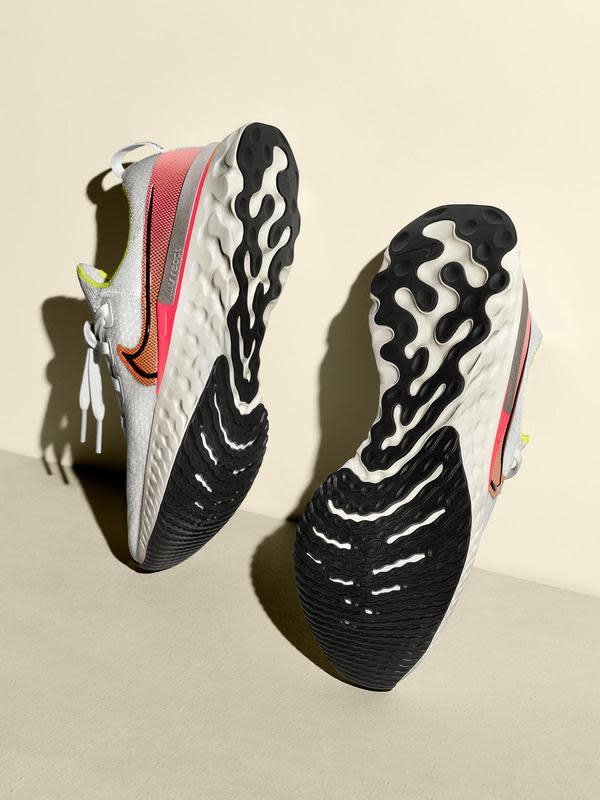 Nike React Infinity Run menggabungkan dua teknologi yang membuat olahraga lari makin cepat dan minimal cedera (Foto: Nike)