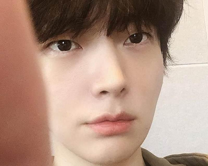 Korean actor Ahn Jae-hyun is going to the courts to get his wife Goo Hye-sun stop smearing him. ― Picture via Instagram/ ahnjaehyun00