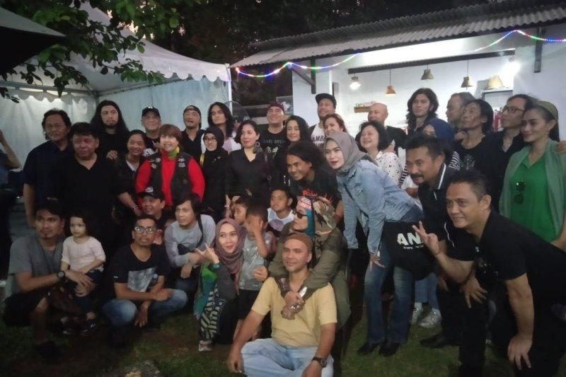 Komunitas Musisi I.Ki sambut Hari Pahlawan dengan mencipta lagu