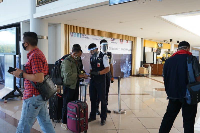 Bandara Juanda tingkatkan pengawasan protokol kesehatan
