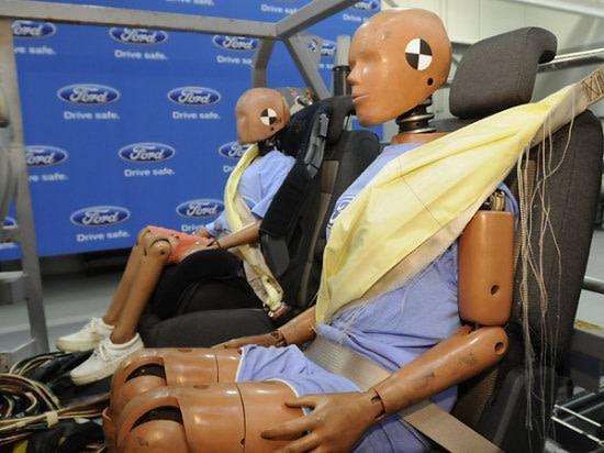 後座乘客更安全,FORD將為Fusion導入後座安全帶氣囊