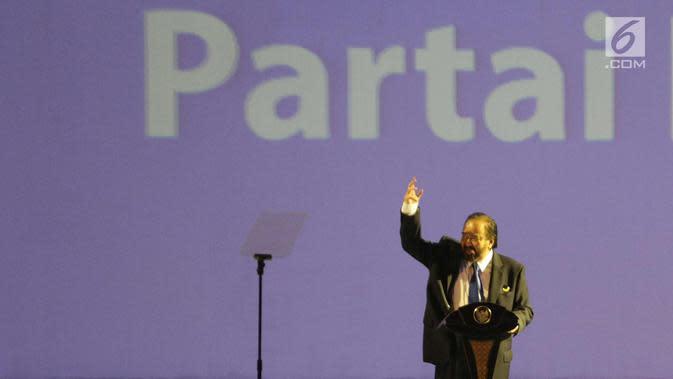 Ketum Partai Nasdem, Surya Paloh memberi pidato saat Rakernas IV Partai Nasdem di JIExpo Kemayoran, Jakarta Pusat, Rabu (15/11). Jokowi secara resmi ditetapkan menjadi calon presiden dari Partai Nasdem untuk Pilpres 2019. (Liputan6.com/Faizal Fanani)