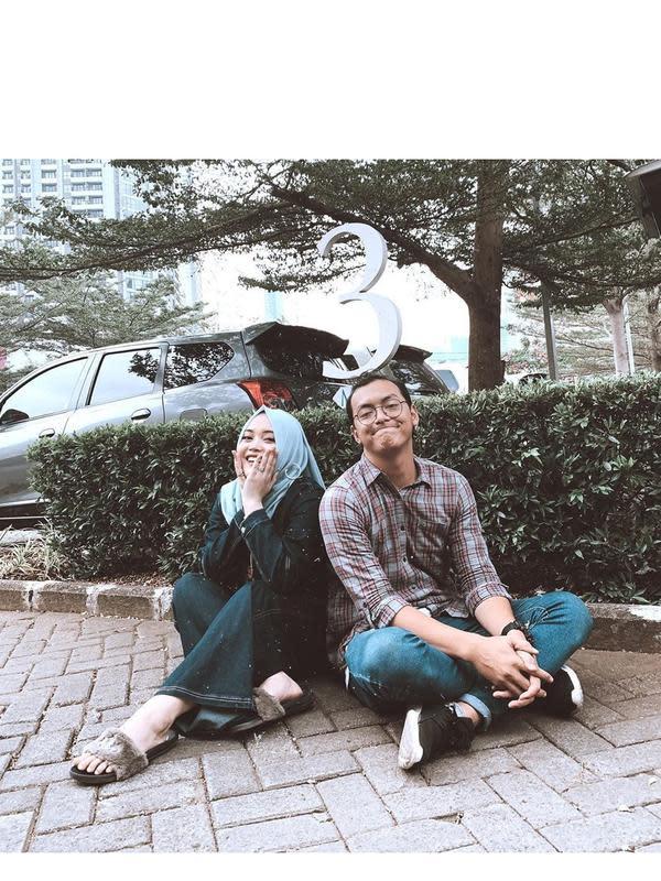 Putri Delina dan Kekasih (Sumber: Instagram/rianda_pratama)