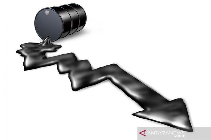 Harga minyak turun, pasar khawatir permintaan terus merosot