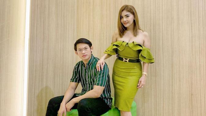 Potret Mesra Irma Darmawangsa dan Irfan Sebaztian. (Sumber: Instagram/irmadarmawangsa)
