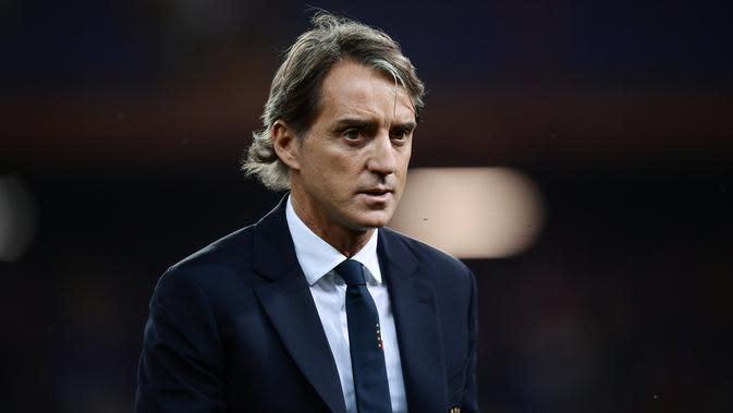 5. Roberto Mancini – Legenda Lazio ini baru saja membawa timnas Italia lolos ke Euro 2020. Sebelumnya ia juga telah sukses membawa Inter Milan dan Manchester City merengkuh titel juara. (AFP/Marco Bertorello)