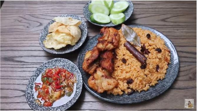 Chef Devina Hermawan Bagikan Resep Nasi Kebuli Rice Cooker untuk Lebaran. foto: Youtube 'Devina Hermawan'