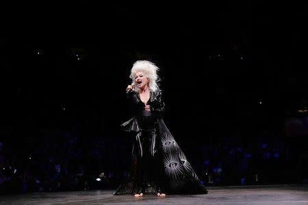 Cyndi Lauper capai kesepakatan untuk hak cipta