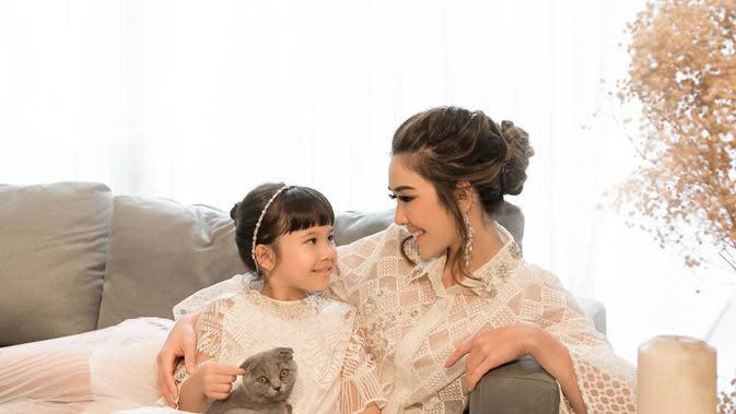 Pemotretan Gisella Anastasia dan Gempi (Sumber: Instagram/riomotret)