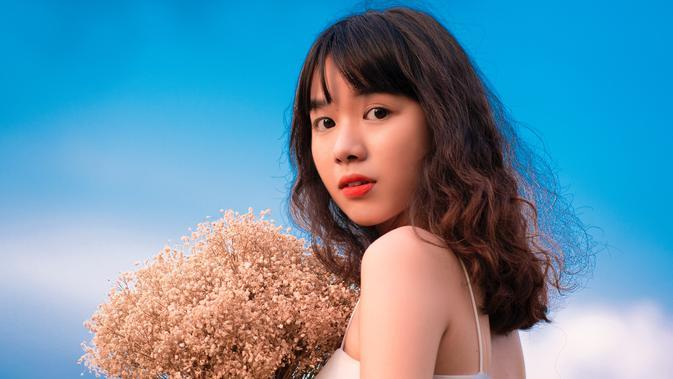 ilustrasi kepribadian perempuan/Photo by Hải Nguyễn from Pexels