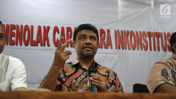 Presiden KSPI Said Iqbal memberi keterangan saat konferensi pers di Jakarta. (Liputan6.com/Angga Yuniar)