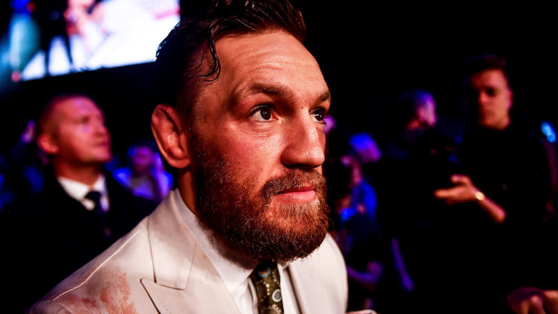Conor McGregor has called out Frankie Edgar for a fight in December. (Getty Images)