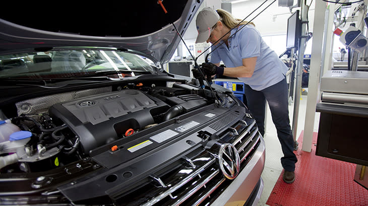 UAW vote at VW Tennessee plant turns into anti-union crusade