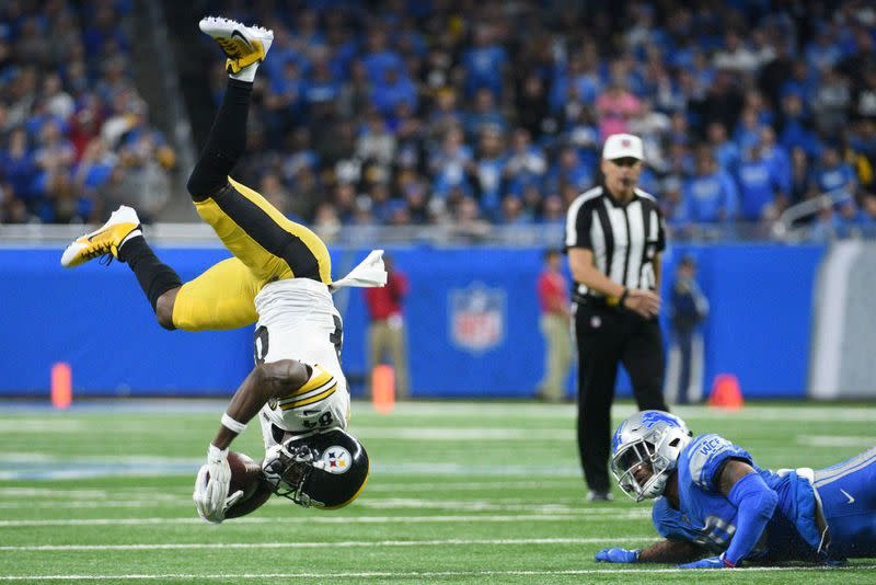 NFL: Free agent Antonio Brown suspended for eight games