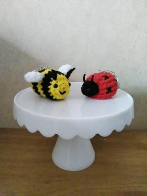 plush crocheted bee rear view mirror accessory purse charm amigurumi Crocheted honey bee keychain
