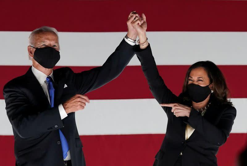 Biden dan sekutunya galang dana 70 juta dolar selama konvensi Demokrat, kata tim kampanye