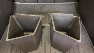 特斯拉為 Model Y 行李廂推出防水置物盒:一組二個附蓋子,售價 85 美元