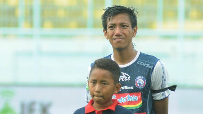 Syaiful Indra Cahya, bek kiri Arema FC. (Bola.com/Iwan Setiawan)