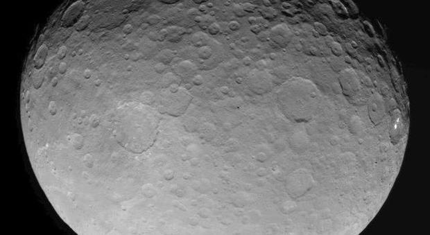 CNET readers' best guesses at explaining those Ceres mystery spots